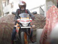 ये हैं दिल्ली की हिजाबी बाइकर रोशनी मिस्बाह, जानिए इनका Bike love!